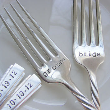 Hand Stamped Bride and Groom Wedding Dinner by BabyPuppyDesigns