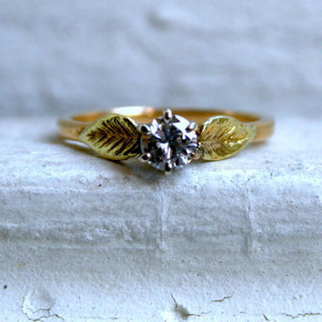 Leafy Vintage 14K Yellow Gold Solitaire Diamond Engagement Ring - 0.40ct.