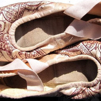 Mehndi Hand Painted Pointe Shoes by KiteFlyerArt on Etsy