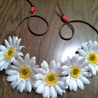 White Daisy Flower Headband, Flower Crown, Flower Halo, Festival Wear, EDC, Ezoo, Rave, Coachella, Beach, Hippie Headband