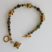 Green Jasper beaded bracelet / Toggle Clasp bracelet / Gold Turtles/ handmade bracelet / Fashion Jewelry