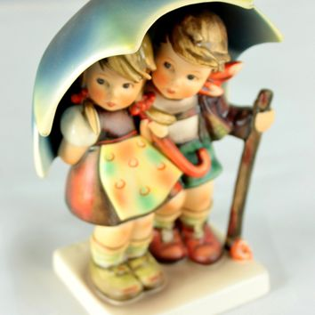 Goebel Hummel #71/I STORMY WEATHER Country German Boy Girl Umbrella TMK-6 Figure