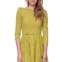 In Your Lace Belted Dress in Lime :: tobi