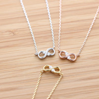 girlsluv.it - tiny&simple INFINITY necklace with crystal, 3 colors