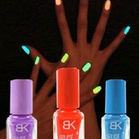 Amazon.com: Wisedeal 2013 Hot Super Star Product 3-piece Set Environmental Fashion Art Glow in the Dark Neon Nail Polish Party Good Gift Cosplay Girl Women: Beauty