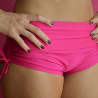 Shorts in pink  for Bikram yoga by Siluetmode on Etsy