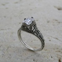 14K Antique Style Feminine Filigree Ring or Ring Setting