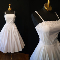 Chic 1950's I Magnin crisp white cotton new look by wearitagain
