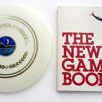 Vintage Glow-In-The-Dark Moonlighter Frisbee and The New Games Book (1976)  Wary Meyers