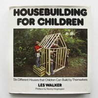 Vintage 1970s Housebuilding for Children Book  Wary Meyers