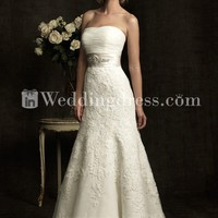 Strapless Organza Lace Mermaid Wedding Gown