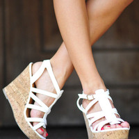 RESTOCK Walk In My Wedges: White | Hope's