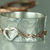 Heart Spinner Ring Hammered Band Ring EXTRA heavy by ExCognito
