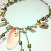 free shippingsummer sea shells necklace by theflowerdesign on Etsy