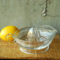 Vintage Glass Juicer Citrus Reamer by vint on Etsy