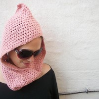 The Elf Hooded Cowl on Luulla