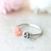 Rose and Skull ring in sterling silver by laonato on Etsy