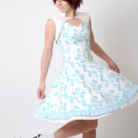 Blue floral dress  Vintage white and turquoise floral by Malam