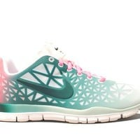 Nike Wmns Free TR Fit 3 DYE White Dark Atomic Teal Pink