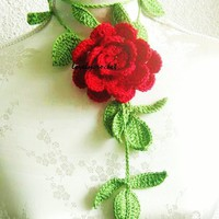 Crochet Jewelry Flower Necklace in green red by Iovelycrochet