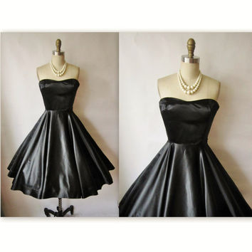 50's Cocktail Dress // Vintage 1950's by TheVintageStudio on Etsy