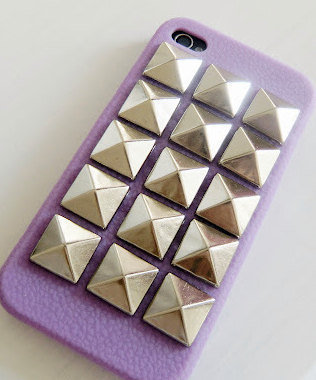 Iphone 4 Case studs by JuliLand on Etsy