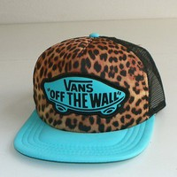 VANS OFF THE WALL &#x27;CLASSIC PATCH&quot;TRUCKER HAT/CAP-SNAPBACK -TEAL (CHEETAH PRINT)