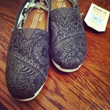 Custom HandPainted Toms in Black and Olive by allisonayers on Etsy