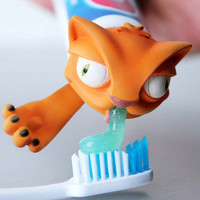 TOOTHPASTE OSCAR