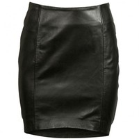 VIPARO | Black Front Tilted Short Lambskin Leather Skirt - Ruby