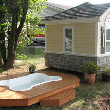 Luxury small and large outdoor dog house from my - Luxury outdoor dog houses ...