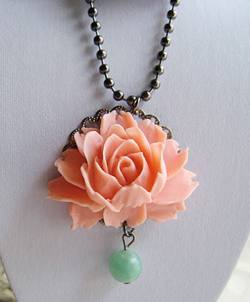 Garden Rose Necklace - Unique Vintage - Cocktail, Evening, Pinup Dresses