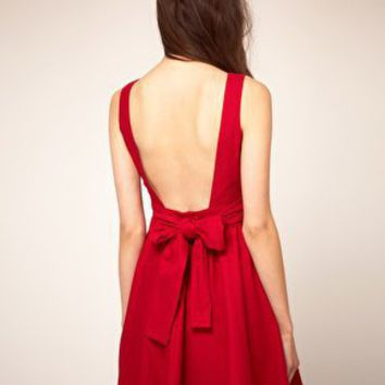 Boutique by Jaeger | Boutique By Jaeger Bow Back Prom Dress at ASOS