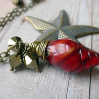 Starfish Pendant Red Vintage Lucite Sea Shell Necklace Nautical Sea Ocean Beach  Gift Box
