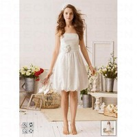 Short Lace Dress With 3D Flower And Bubble Hem Style KP3280