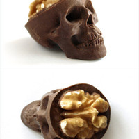 Chocolate Skull by sparganum