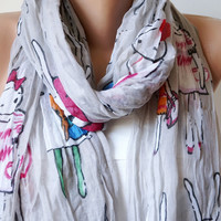 Five Bunnies are Shopping Gray Cotton Long Scarf with wrinkle