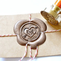 Custom Wax Seal Stamp - Initials Heart &amp; Arrow x 1