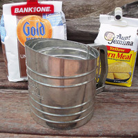 Antique Flour Sifter, Kitchen Gadgets, Baking Supply, Retro Kitchenware / Silver