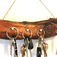 Wall Key Holder Rack - Cabin Decor - Reclaimed wood key holder - key hook holder - Wall Key holder Natural wood organizer