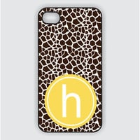 Rubber RubberiPhone 4 Case - Giraffe Print with Monogram / iPhone 4 case (iM2008)