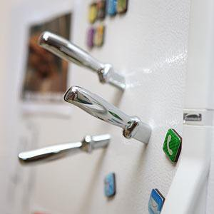 ThinkGeek :: Knife Fridge Magnet