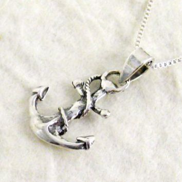Sterling Silver Dainty Anchor w/ Box Chain Necklace