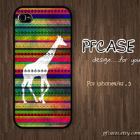 Giraffe on woderful aztec style : Handmade Case for Iphone 4/4s , Iphone 5 Case Iphone