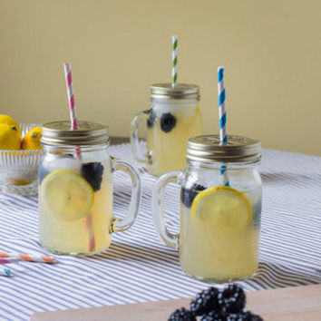 ModCloth Vintage Inspired Perfect, Juice Perfect Glass Set