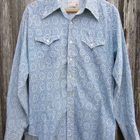 70s Wrangler Cowboy Shirt in Blue and White, Men&#x27;s M-L  // Vintage Country Western Shirt