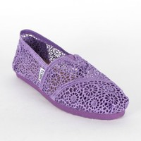 Amazon.com: Toms - Womens Purple Crochet Seasonal Classic Shoes: Shoes
