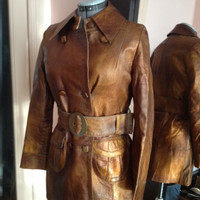SALE: Golden Ladies Leather Coat 1960s and 1970s