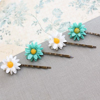 Flower Bobby Pins, Aqua Daisies, White Daisies, Bobby Pins Flower Child set of four (4) Hair Accessories, Spring Garden Botanical Resin