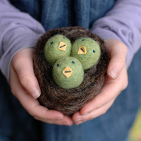 Baby Birds in a Nest  Felted Easter Basket Toy by BossysFeltworks